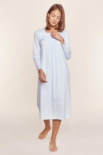 Nachtkleid mit Faltendetails puristisch verspielt 100% Baumwolle